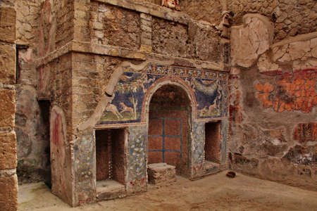 mediterranean houses: Pompei, Italy - October 2, 2010 - Interior of an ancient house Editorial