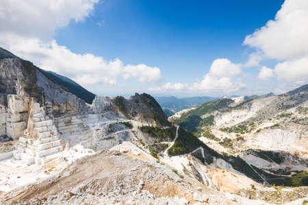 carrara: Large view of Carrara