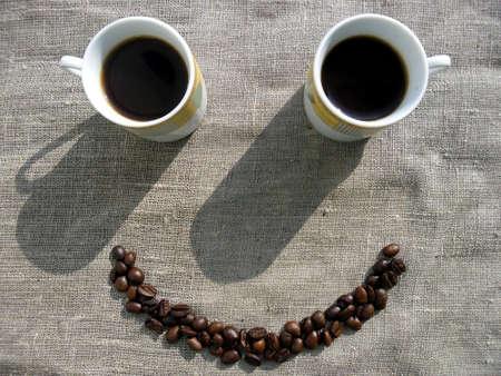 아침: 커피 미소