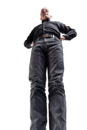 wideangle du point de vue d'un homme TALL au sol nous repérer et contrôler