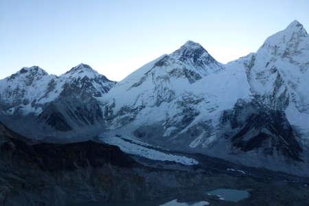 Scenic view of the everest range at dawn from Kala Patthar, Gorak Shep, Everest Base Camp trek, Nepal Stock Photo