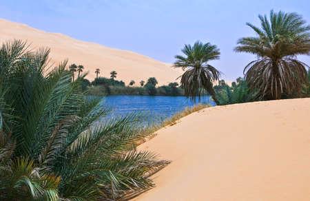 desierto del sahara: Libia, el desierto del Sahara, la zona de los lagos Ubari