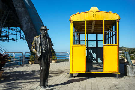 pao: Rio De Janeiro, Brazil - September 9, 2013: The Augustus Perreira statues and the old cable car cabin on the Pao De Acucar Sugarloaf Mountain