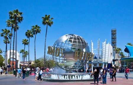 로스 앤젤레스, 미국 - 5 월 30 일 : 할리우드, 유니버설 스튜디오 입구