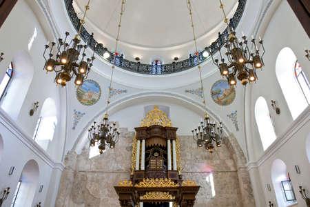 2 november: Jerusalem,  Israel - November 2, 2010: The Hurva synagogueinside