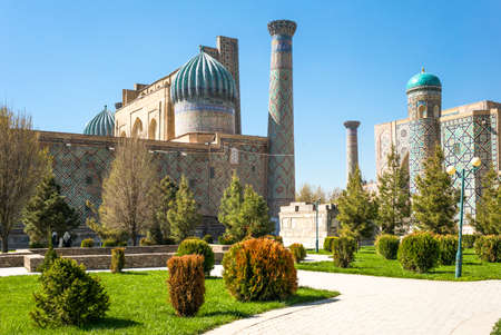 registan: Uzbekistan, Samarkand, the garden leading to the Registan square with the wanderful mosque and madrassah Editorial