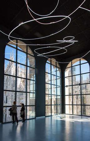 ミラノ, イタリア - 2012 年 4 月 12 日: 20 世紀の博物館の内部のアーキテクチャ 報道画像