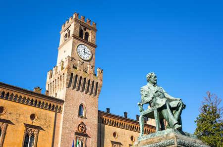 giuseppe verdi busseto the giuseppe verdi monument in front of the pallavicino rocca