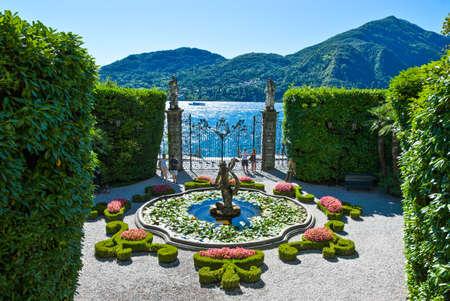 トレメッツォ, イタリア - 2010 年 8 月 31 日: カルロッタの庭