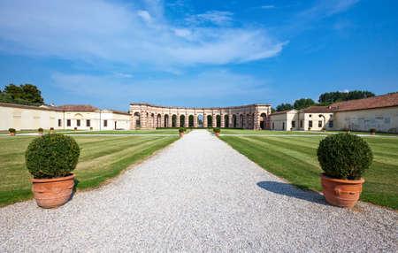 Italië, Mantova, de binnenplaats van het Palazzo Te