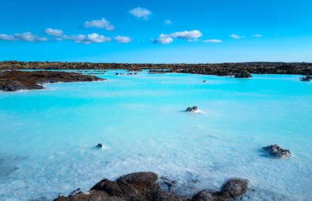 Grindavic, Islandia, widok na słynną strefę geotermalną Błękitnej Laguny