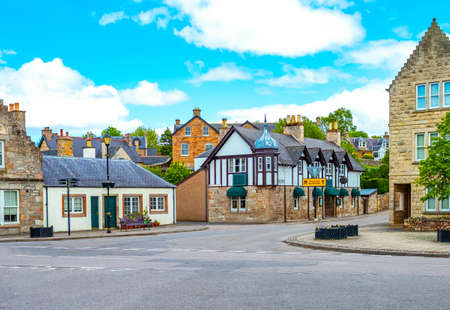 Dornoch, Scotland, traditional houses of the country center 版權商用圖片
