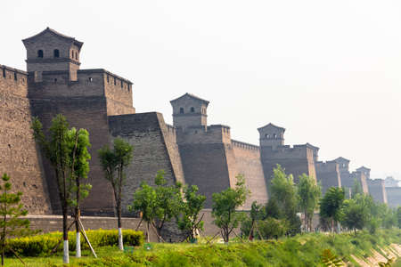 The ancient walls protecting the Old city of Pingyao, Shanxi province, China Imagens