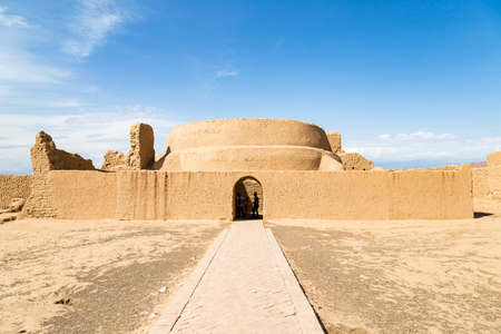 Ruins of Gaochang, Turpan, China. Dating more than 2000 years, Gaochang and Jiaohe are the oldest and largest ruins in Xinjiang. Preaching hall of the buddhist temple Imagens
