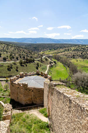 may 2019, Pedraza, Castilla Y Leon, Spain: view from the mirador on Calle de la Cuestas. Pedraza is one of the best preserved medieval villages of Spain, not far from Segovia Editorial