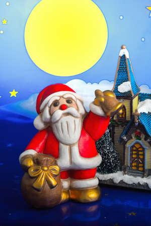 st nick: Santa Claus brings gifts