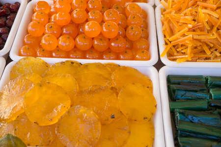 bandejas: bandejas de frutas confitadas