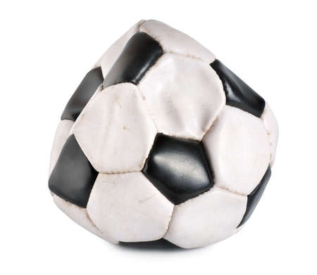 ballon foot: Ballon de soccer d�flat�e Banque d'images