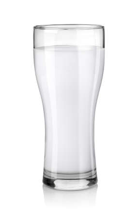 glass milk: Vaso de leche fresca