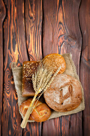 Bread and wheat Stock Photo - 13848527