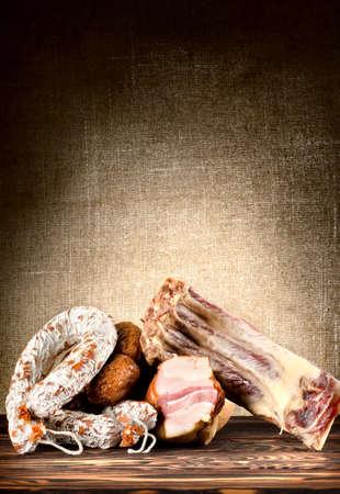 carnes: Carnes en la mesa Foto de archivo