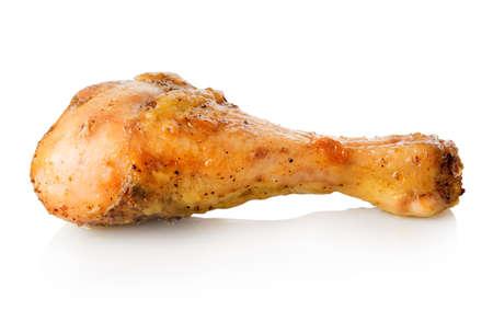 pollo asado: Pierna de pollo a la parrilla aislado en un fondo blanco