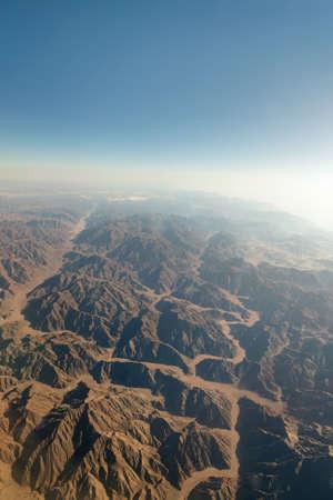 monte sinai: Cadena montañosa en el Sinaí desde vista aérea