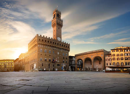 Square of Signoria in Florence at sunrise, Italy Banco de Imagens