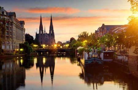 Kirche in Straßburg Standard-Bild