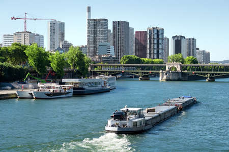 seine: Skyscrapers and Seine