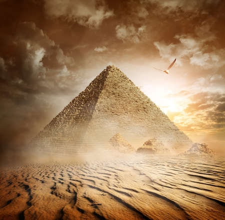Storm in desert Imagens