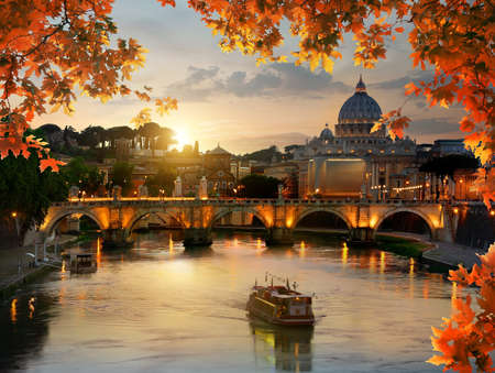 Autumn evening and Vatican 스톡 콘텐츠