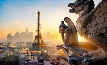 Chimère et Tour Eiffel
