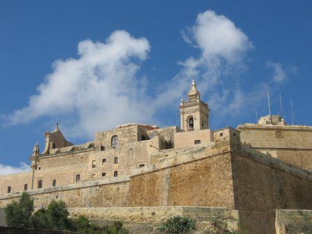 ufortyfikować: Ancient twierdza na wyspie Gozo, Malta archipelagu.
