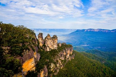 Three sisters in Blue mountain Australia Stock Photo