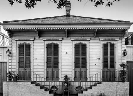 New Orleans, LA USA - June 30, 2015:  Sample of a New Orleans Shootgun House in the French Quarter. Stock Photo - 82163446