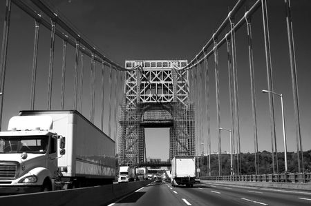 18 wheeler: Truck traffic on the George Washington Bridge over the Hudson River