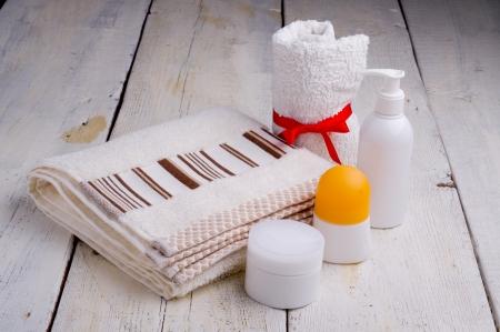 art�culos de perfumer�a: toallas y art?culos de tocador Foto de archivo