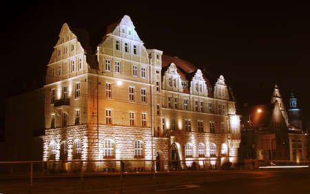 assembly hall: buildings university in Poznan by night