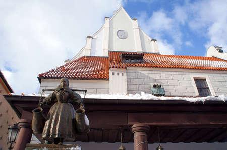 sump: Manhole con una statua di Bamber 1915, Poznan