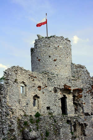 The tower of the ruined castle in Ogrodzieniec photo
