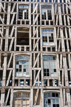 molino de agua: Crash del antiguo molino de agua en Champagne, Francia
