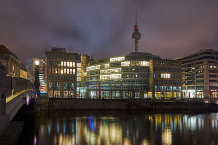 or spree: Night cityscape on the River Spree in Berlin Stock Photo
