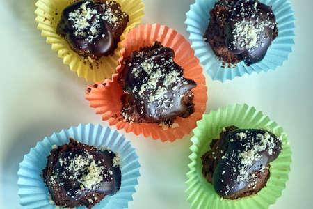 sprinkled: Chocolate cake dessert sprinkled with sugar