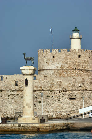 flad: Roe column in the port city of Rhodes
