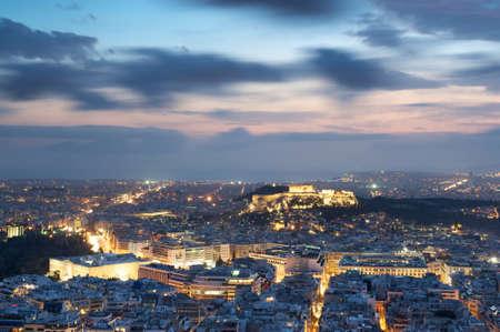 Blick auf Athen und die Akropolis von oben, Griechenland