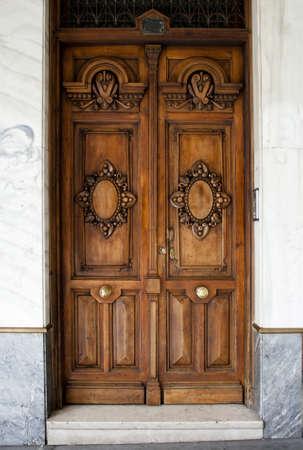 spanish houses: Wooden entrance door