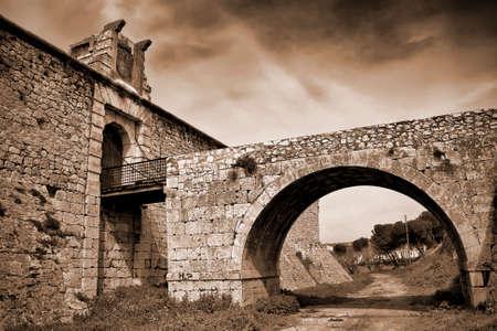 xv century: Drawbridge of castle of the Counts XV century in Chinchon near of Madrid Stock Photo