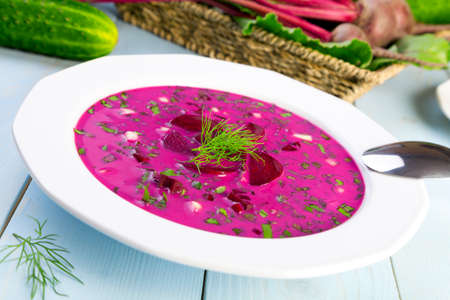 lithuanian: Soup with fresh beets served cold with cream Stock Photo