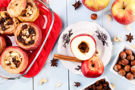countrified: Baked apples with nuts and raisins